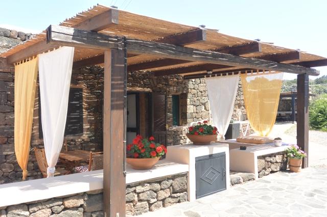 Houses for rent in Pantelleria - Dammuso Donata