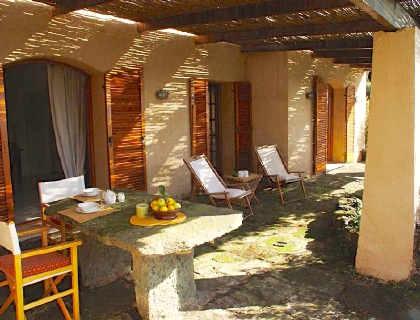Houses for rent in Pantelleria - Dammuso Lantana - Travelandfair.net
