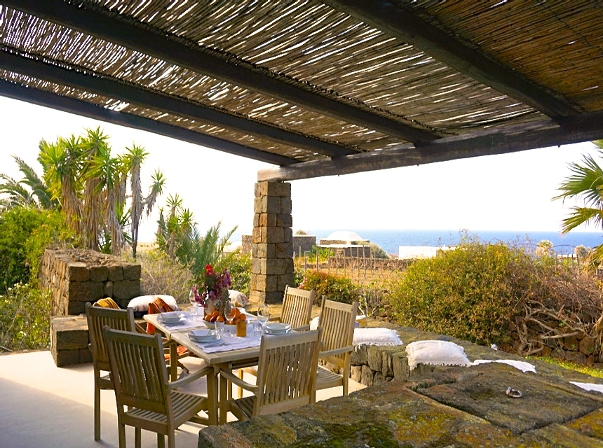Houses for rent in Pantelleria - Dammuso Ribes - Travelandfair.net