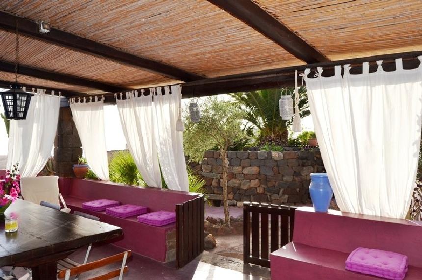 Houses for rent in Pantelleria - Dammuso Jasmin - Travelandfair.net