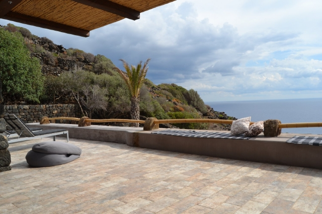 Houses for rent in Pantelleria - Dammuso Gelso
