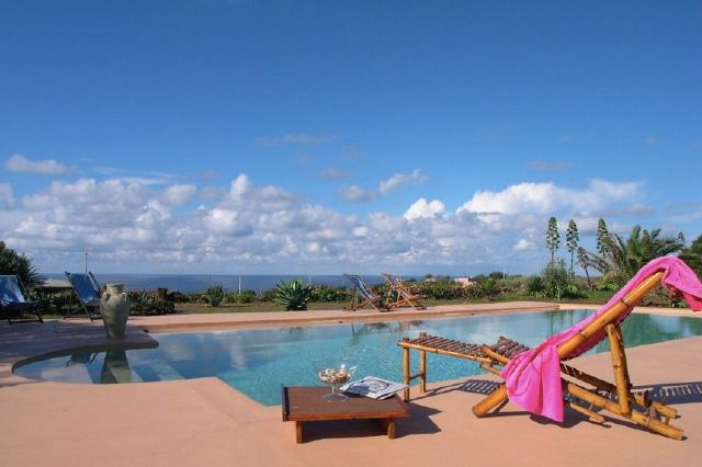 Houses for rent in Pantelleria - Dammuso Assenzio
