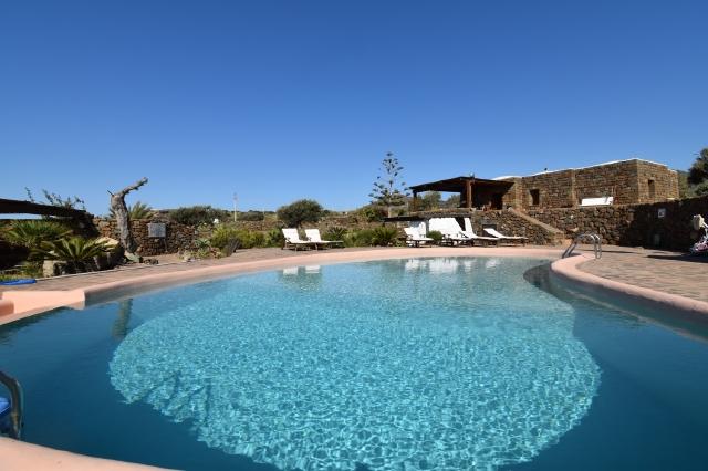 Houses for rent in Pantelleria - Dammuso Morella