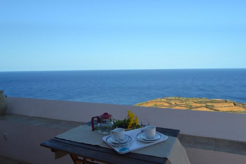 Houses for rent in Pantelleria - Dammuso Vista - Travelandfair.net