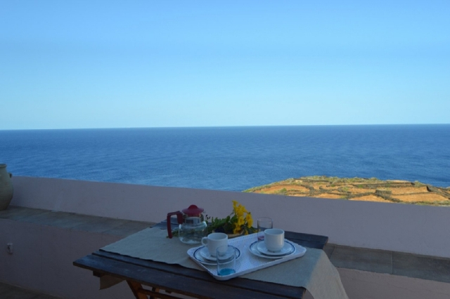 Houses for rent in Pantelleria - Dammuso Vista