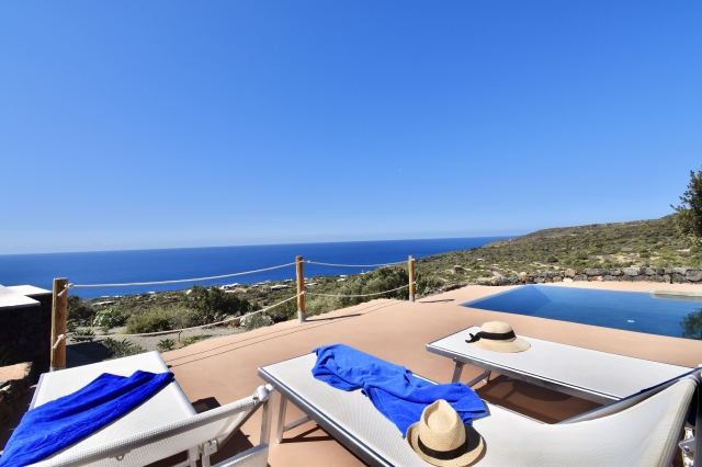 Houses for rent in Pantelleria - Dammuso Dinka