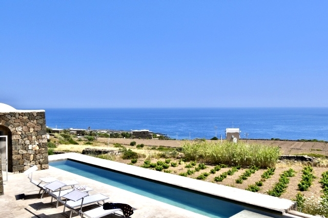 Houses for rent in Pantelleria - Dammuso Nama