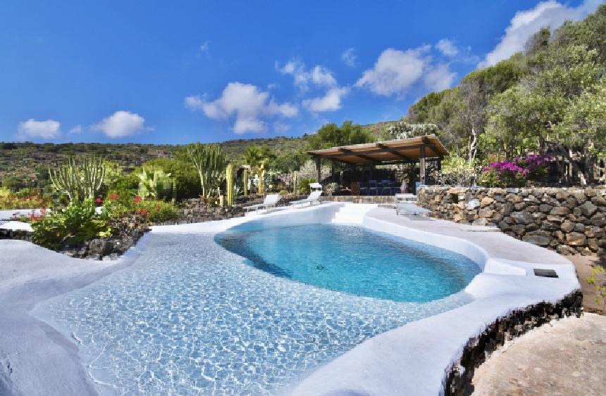 Houses for rent in Pantelleria - Dammuso Kenzia - Travelandfair.net