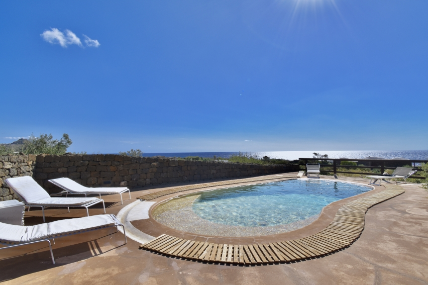 Houses for rent in Pantelleria - Dammuso Tumbir  - Travelandfair.net